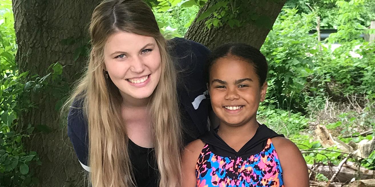 Camilla & Jayia - Big Sister and Little Sister